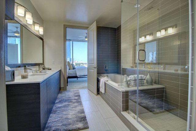 Aris Market Square Luxury Bathroom